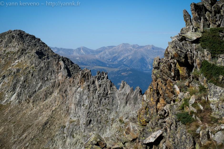 L'arrête du Quazemi, autre voie (alpinisme) pour atteindre le sommet.